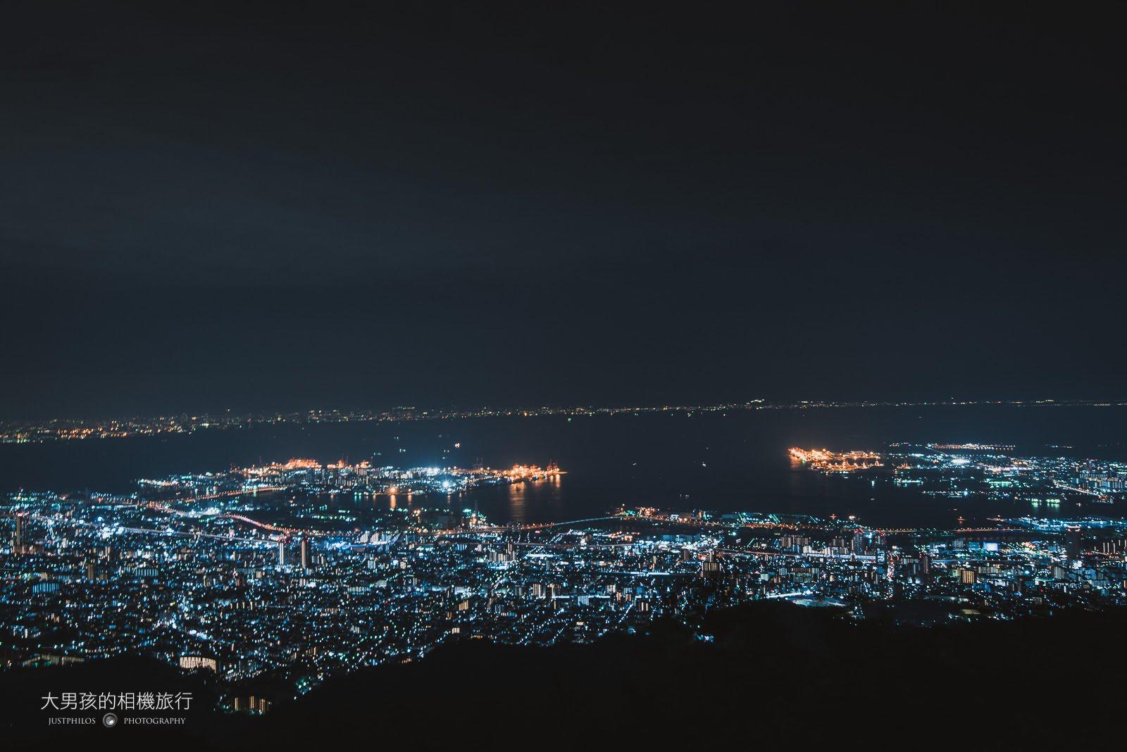 位於神戶市的摩耶山夜景是日本著名的三大夜景。