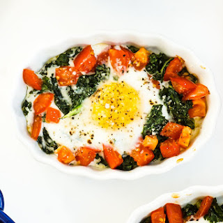 Baked Eggs with Kale & Tomatoes