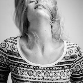 Falling by Jeffrey Zoss - People Portraits of Women