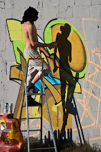 """Photo: A deux on peindra le monde..  """"Ma vie c'est moi qui vais la peindre, alors je vais y mettre le feu en ajoutant plein de couleurs."""" [Grand Corps Malade]  Today is coloured day so I have to contribute at street art because It's a great way to express ourself especially for our young people ! As he says : """"My life I'm the one who will paint it, so I'll set it on fire by adding colorful."""" (G. Corps Malade)  Have a nice sunday and I can not thank enough all those who follow me and +1 me. Many thank again !  #StreeArtSunday by +Luís Pedro +Peter Tsai  #ShadowsOnSunday by +André Roßbach and +Daniel Graupner"""