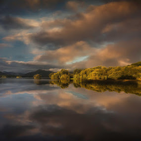Sunrise by Anne Marie Hickey - Landscapes Waterscapes