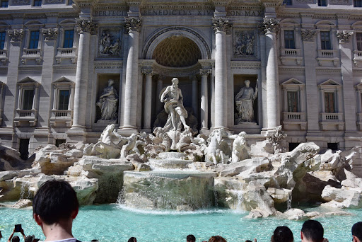 fountain.jpg - Trevi Fountain filled after money collection.
