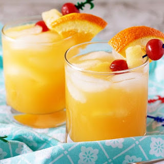 Mixed Drink With Rum And Pineapple Juice Recipes.