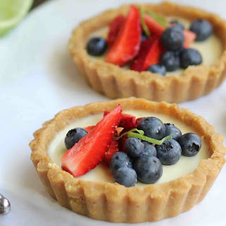 BERRY AND LIME PANNA COTTA TART