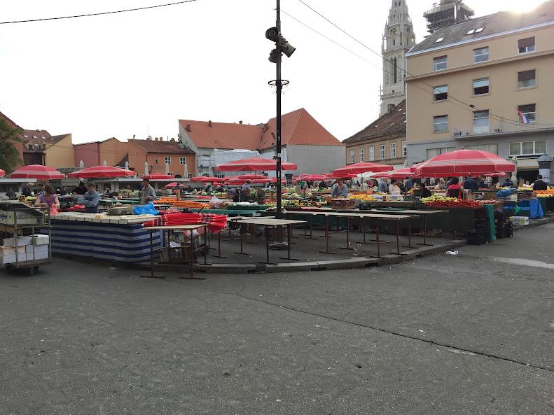 ザグレブ ドラツ市場
