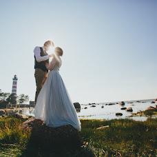 Wedding photographer Kseniya Ivanova (ksushawithlove). Photo of 04.06.2017