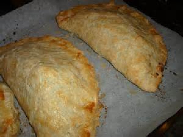 Easy And Tasty Chicken Pasties Recipe