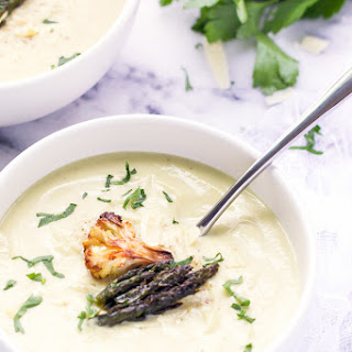 Roasted Cauliflower And Asparagus Soup