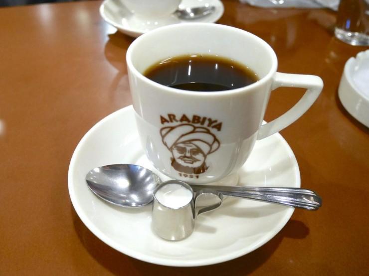 まるで玉子焼きみたいなフレンチトーストが絶品!大阪難波で65年以上続く老舗珈琲店『アラビヤコーヒー』