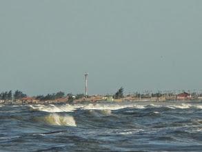 Photo: Mar revolto visto do quebra mar T2