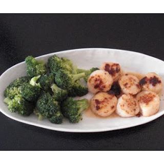 Broccoli and Pan Seared Scallops