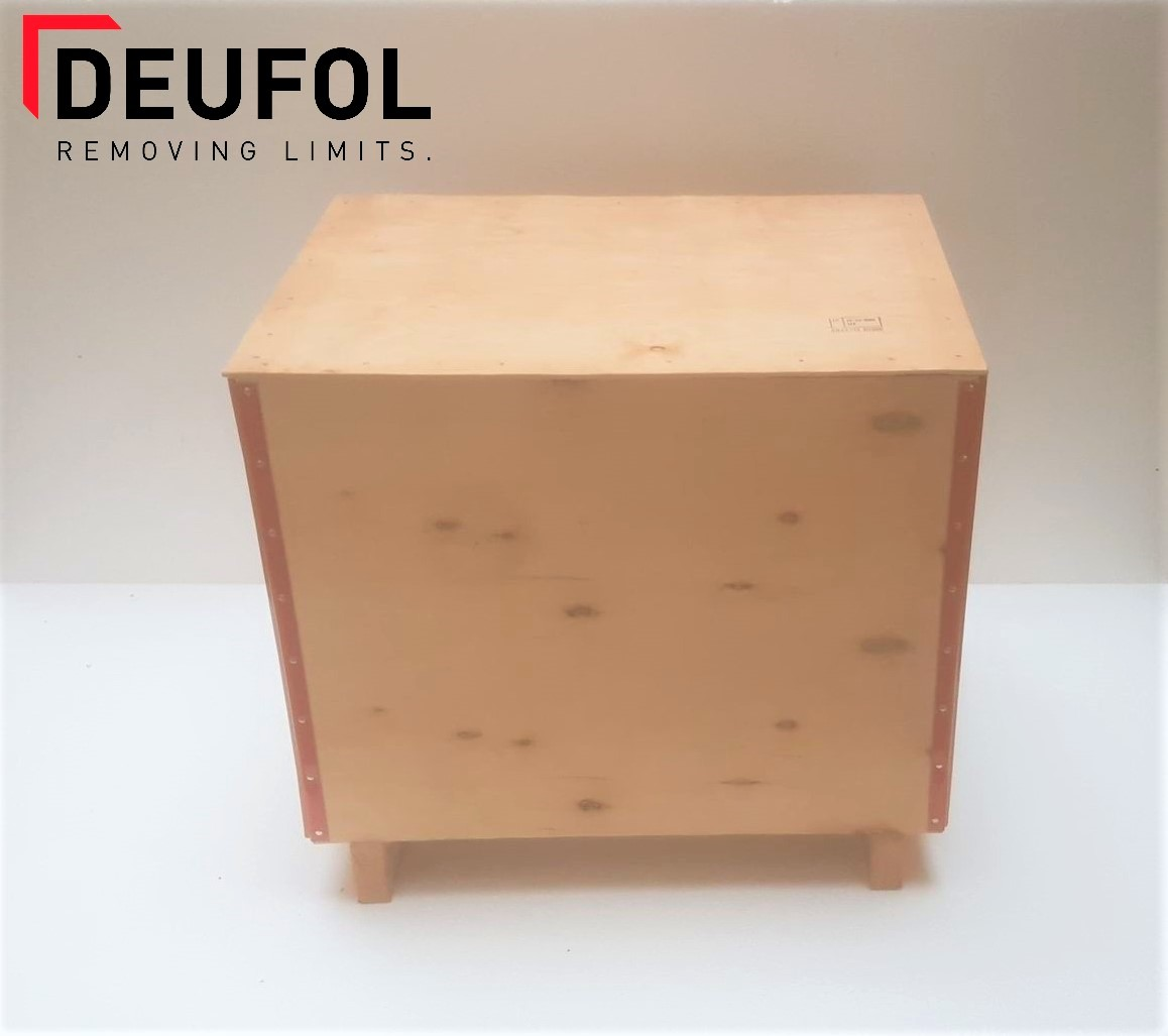Wooden transport box with lid 60x40x52cm