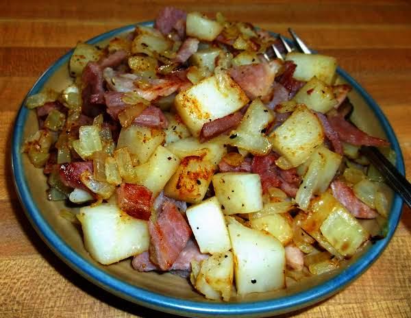 Easy Ham And Potato Hash Recipe