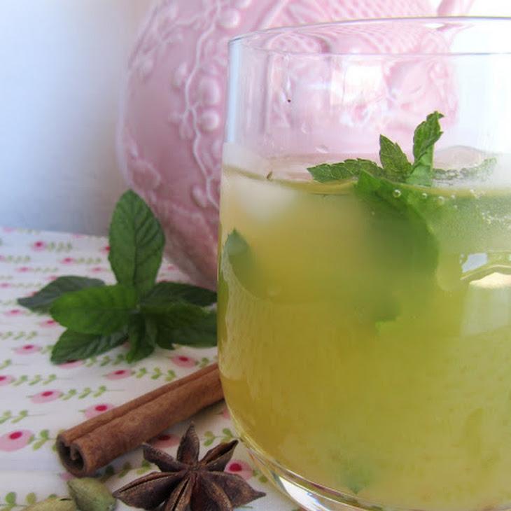 Peach, Mint and Spice Refreshment Recipe