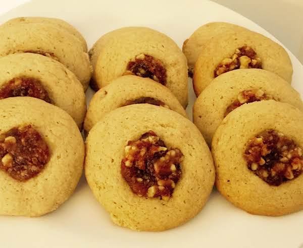 Old Fashioned Date Nut Cookies
