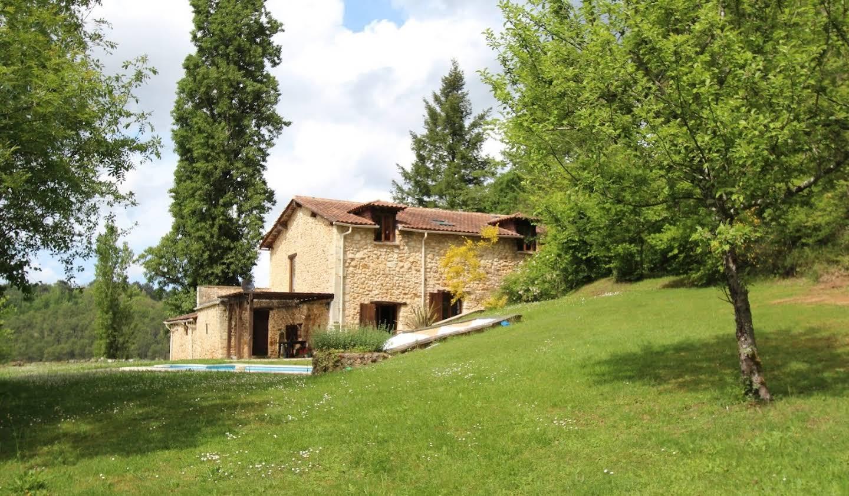 Maison avec piscine et terrasse Jaure