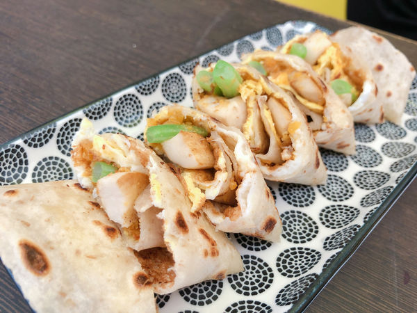 台南美食/ 中西區 GAYO早餐專賣 金沙肉絲創意蛋餅