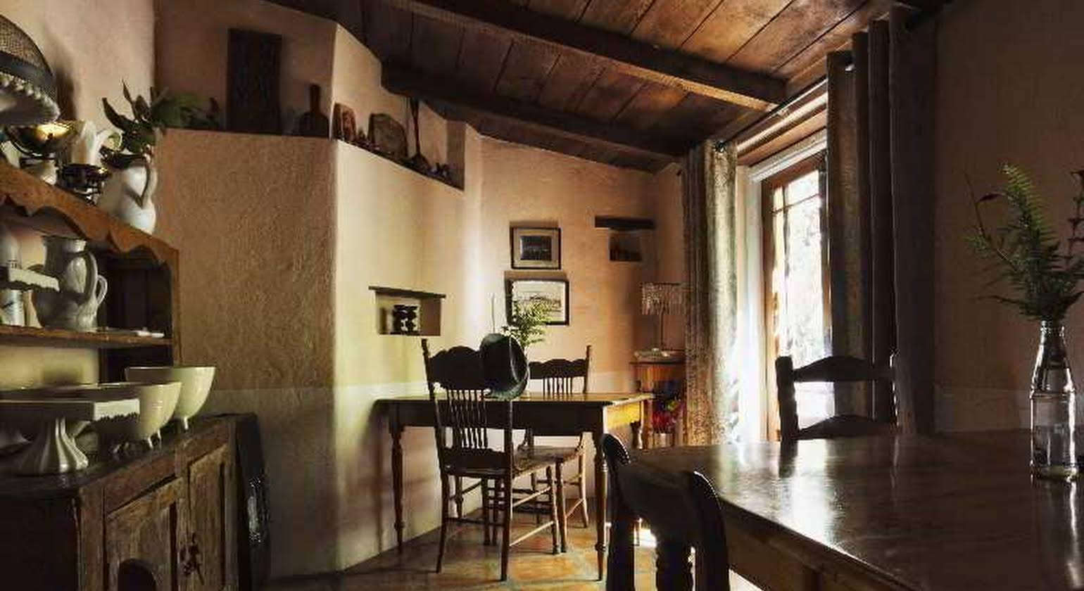Augusta de Mist Country House and Kitchen