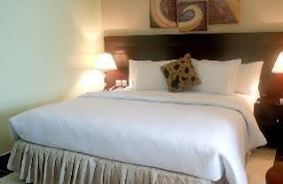Excel Oriental Hotel & Suites