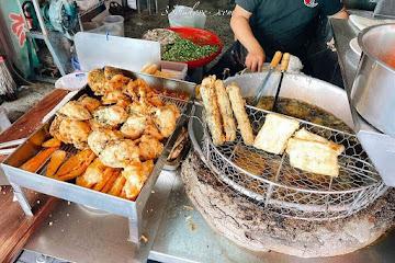 第一市場王爺宮後炸粿、蚵嗲