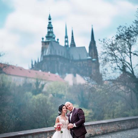 Wedding photographer Aleksandr Melkonyanc (sunsunstudio). Photo of 06.02.2018