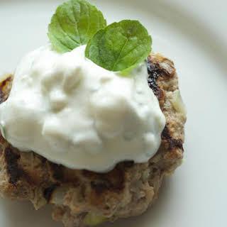 Low Carb Turkey Burger with Feta & Mint Yogurt Sauce – WLS.