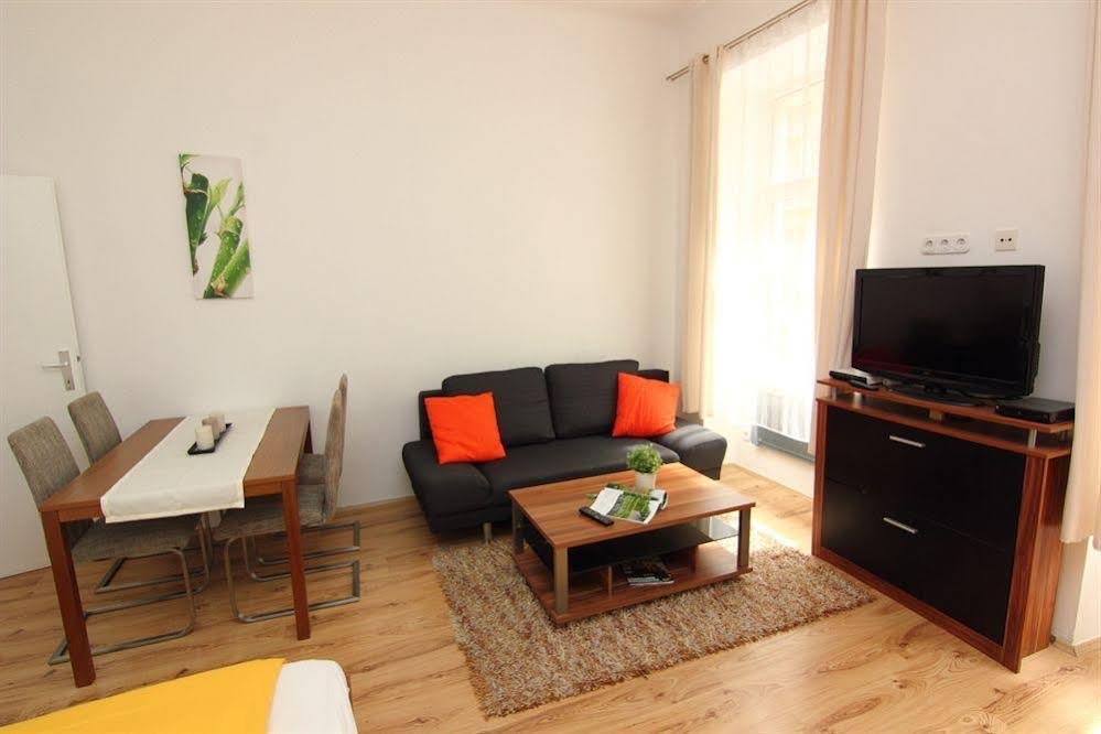 CheckVienna – Apartment Ölweingasse