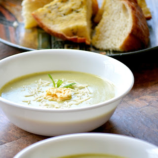 Creamy Broccoli and Zucchini Soup