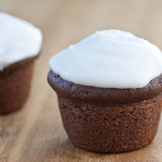 Chocolate Rose Cupcakes (Vegan)