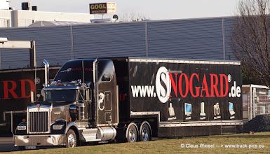 Photo: Gut, dass ich mein 300er Tele mit an Bord hatte :-)   Kenworth: American Made, World's Best!  ----> www.truck-pics.eu