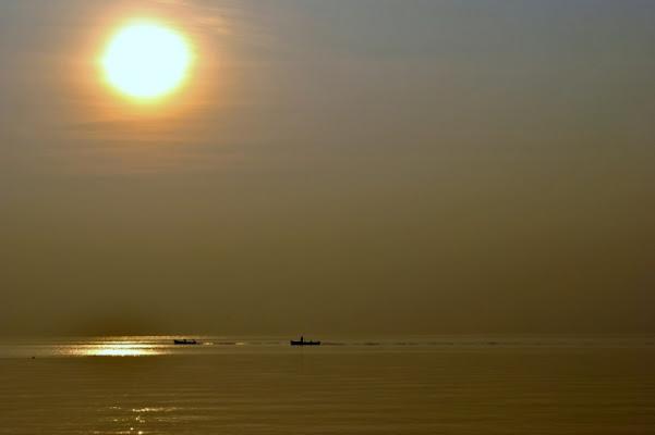 Quieto tramonto autunnale di zenith