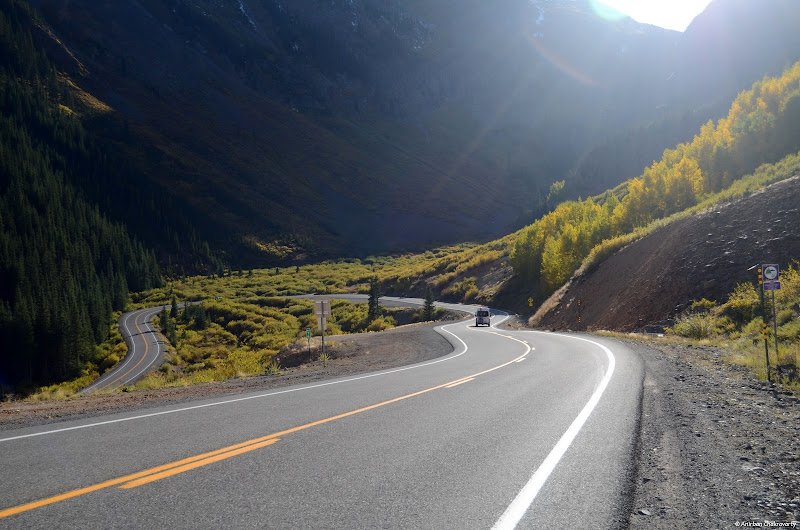 Photo: Coming down from the summit of Red Mountain Pass. 12000ft.