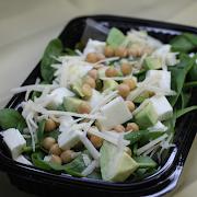 Chickpeas and Halloumi Salad