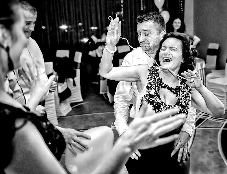 結婚式の写真家Vali Negoescu (negoescu)。25.05.2016の写真