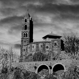 Castel Church by Gérard CHATENET - Black & White Buildings & Architecture