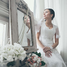 Wedding photographer Valeriya Chumakova (shangri). Photo of 15.11.2013
