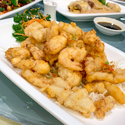 E8. Deep Fried Mixed Seafood with Spicy Salt