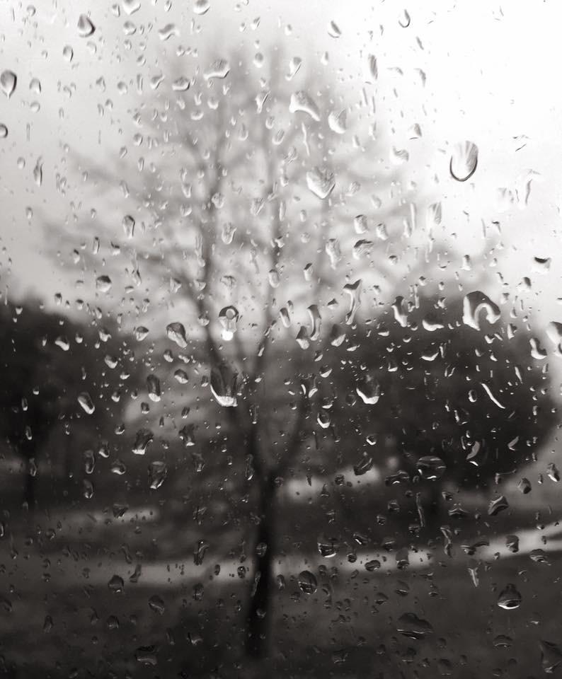 Oltre la pioggia  di Emiliano73