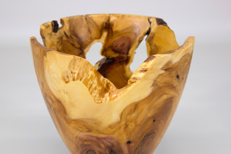 "Photo: Tim Aley 5"" x 5"" bowl [dogwood root] (detail)"