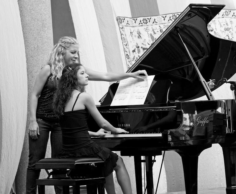 Giovane pianista di Giò Volpi