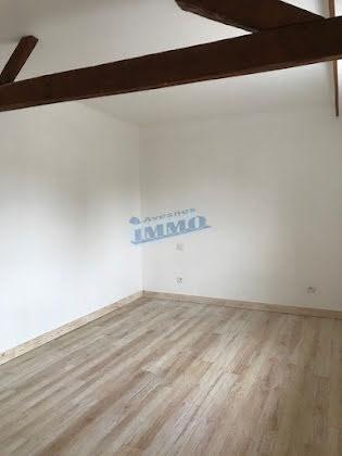 Vente divers 12 pièces 220 m2
