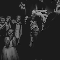 Wedding photographer Lavinia Neacsu (Lavi87). Photo of 02.10.2018