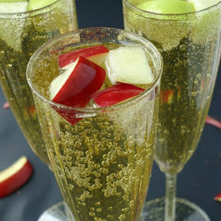 Apple Mimosa Cocktails