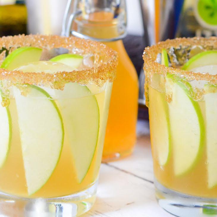 Apple Ginger Whiskey Cocktail