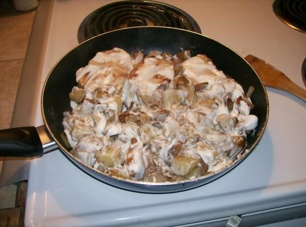 Pork Chops & Potatoes With Sour Cream Recipe