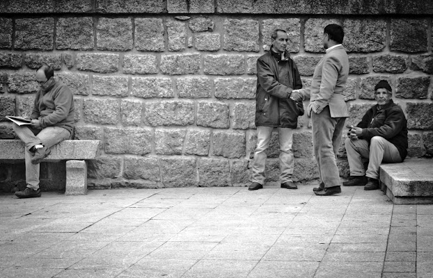 incontri in piazza di Silvio Lorrai