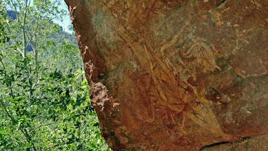 Photo: Day 3 -  Rock art at Burrunggui © Ian Morris