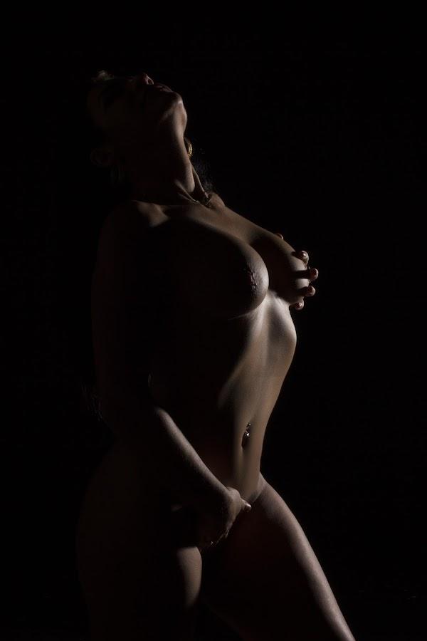 by Gawie van der Walt - Nudes & Boudoir Artistic Nude