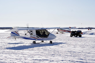 Photo: Challenger C-IPRC with Cessna 185 C-GWOM