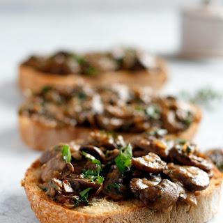 Herbed Mushrooms on Garlic Toast.